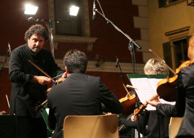 Contrada Larga: Orchestra J. Futura